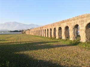 Minturno aqueduct