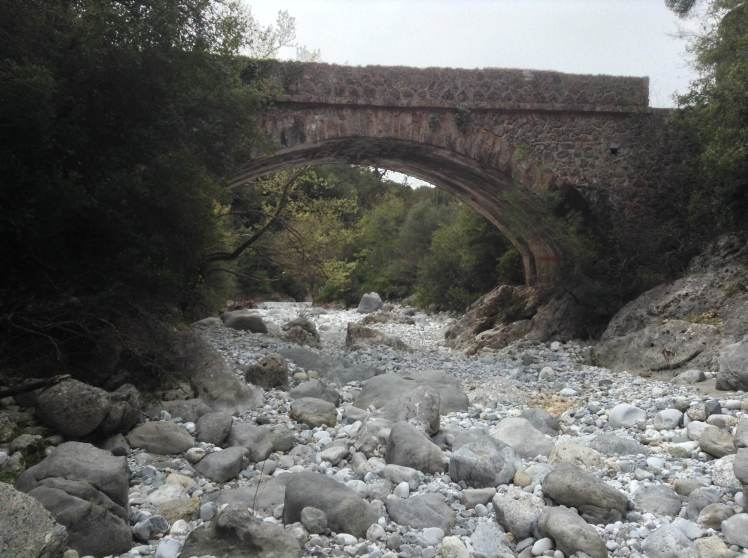 The bridge, and my starting point along the Rindomo gorge