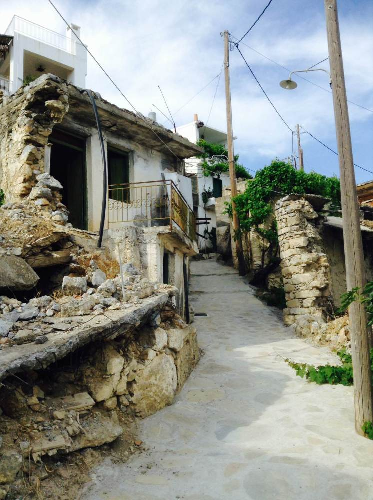 Abandoned houses in the village of Agios Ioannis