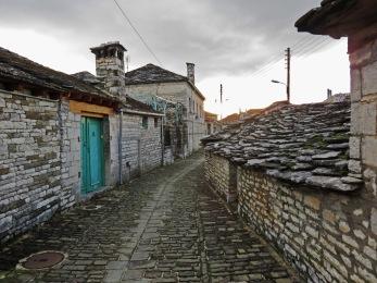 Moody Megalo Papigo Streets